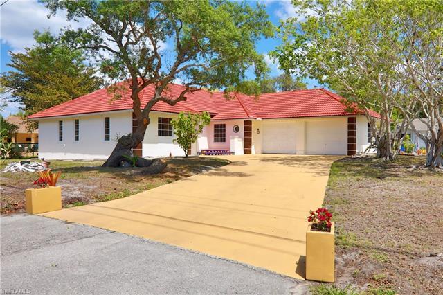 4260 Mariner Ln, Bonita Springs, FL 34134