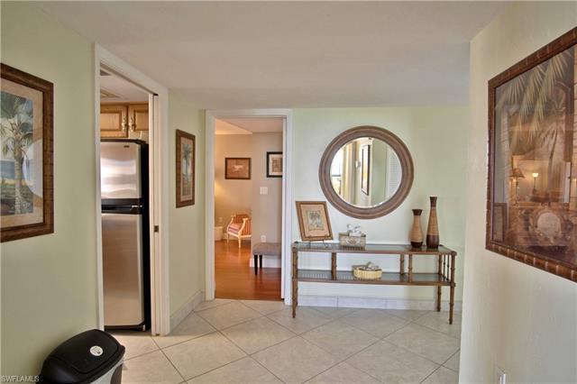 11 Bluebill Ave 1105, Naples, FL 34108