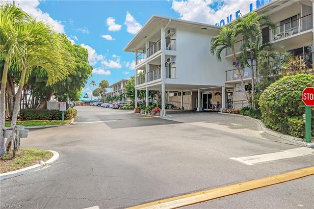 900 Broad Ave S 230-231, Naples, FL 34102
