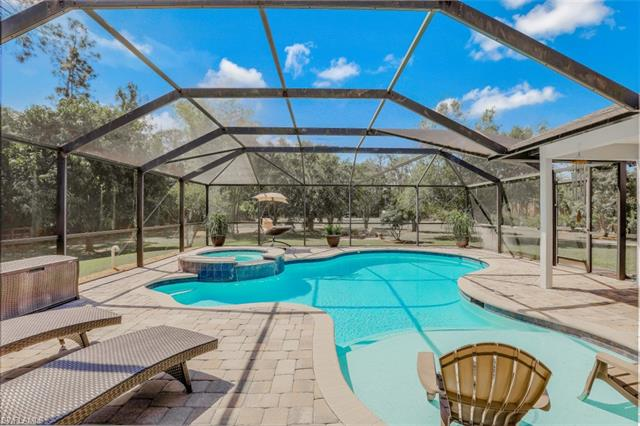 4530 7th Ave Sw, Naples, FL 34119