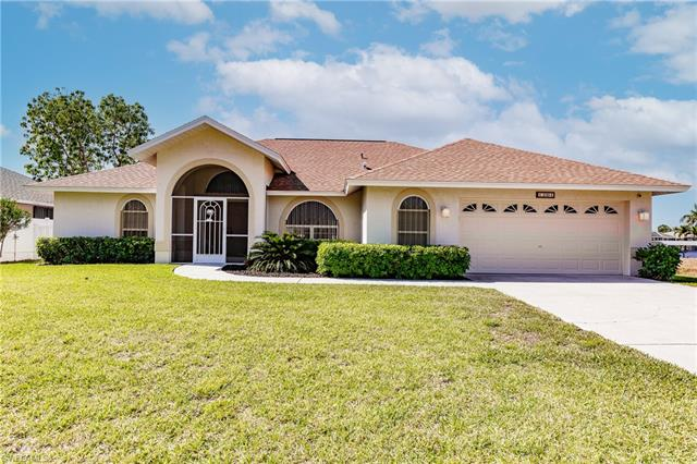 1204 15th Ter, Cape Coral, FL 33990