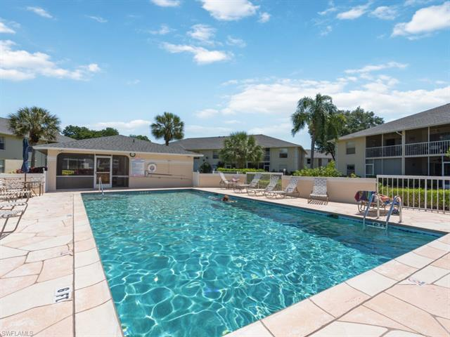 600 Squire Cir 102, Naples, FL 34104
