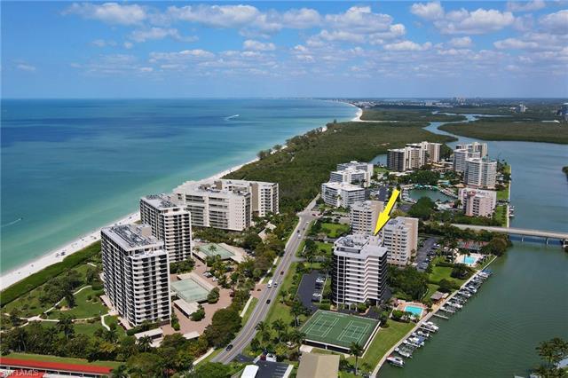 11030 Gulf Shore Dr 301, Naples, FL 34108
