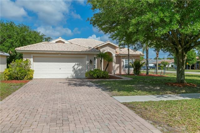 2916 Orange Grove Trl, Naples, FL 34120