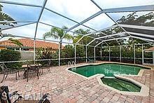 1522 Whispering Oaks Cir, Naples, FL 34110