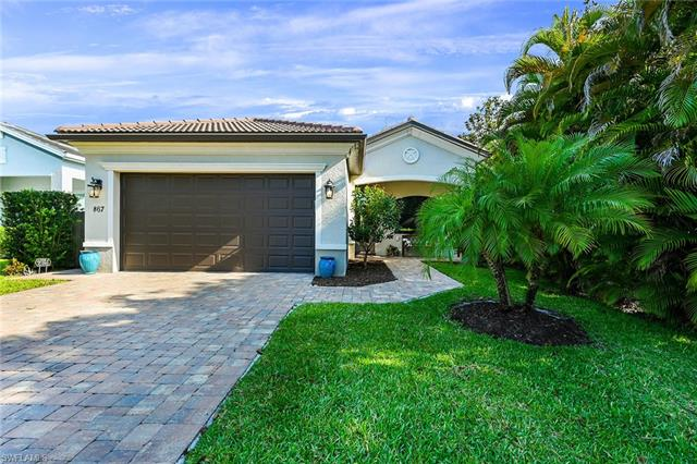 867 104th Ave N, Naples, FL 34108
