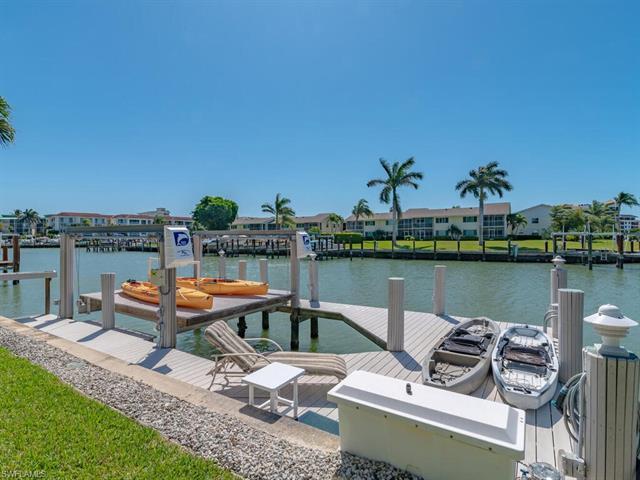 850 Banyan Ct, Marco Island, FL 34145
