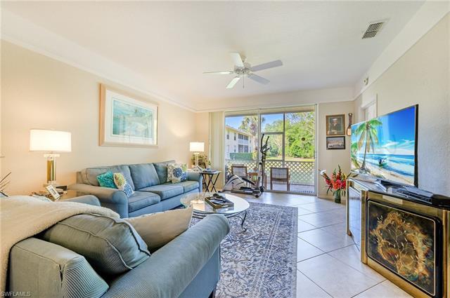 3235 Cypress Glen Way 302, Naples, FL 34109