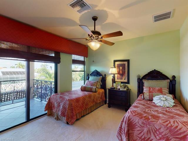 1090 Dana Ct, Marco Island, FL 34145