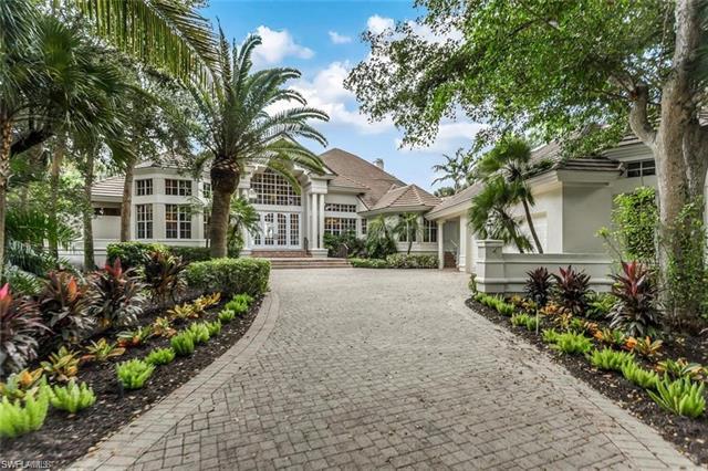 27381 Oak Knoll Dr, Bonita Springs, FL 34134
