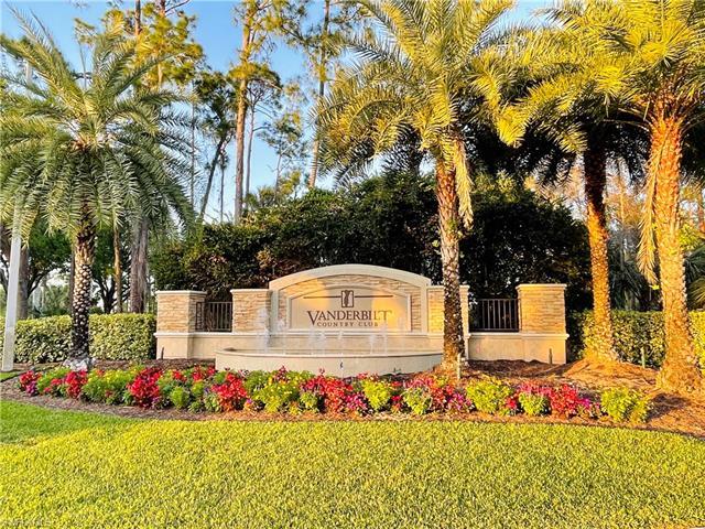 8267 Parkstone Pl 9-205, Naples, FL 34120