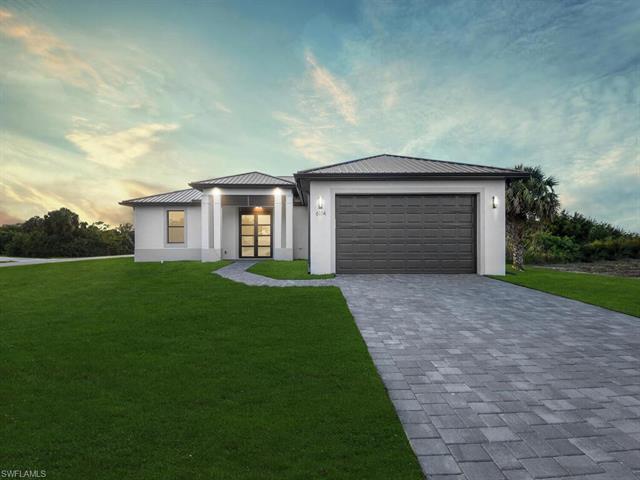 3758 Hyde Park Dr, Fort Myers, FL 33905