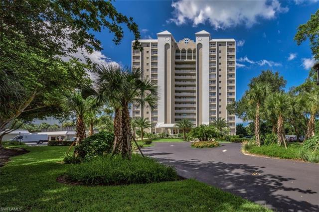 5501 Heron Point Dr 501, Naples, FL 34108