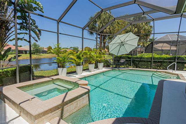 375 Cypress Way W, Naples, FL 34110