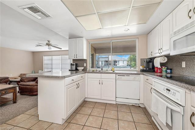 2190 Snook Dr, Naples, FL 34102