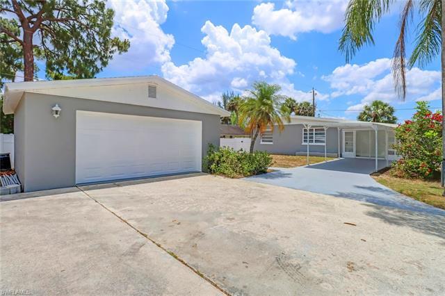 11360 Hunting Rd, Bonita Springs, FL 34135