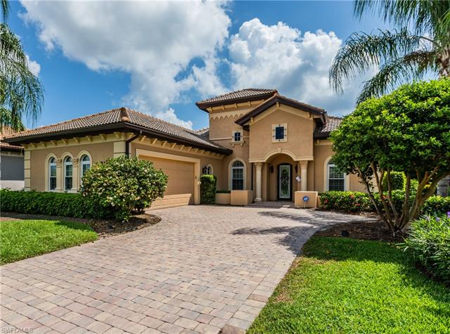 7644 Sussex Ct, Naples, FL 34113