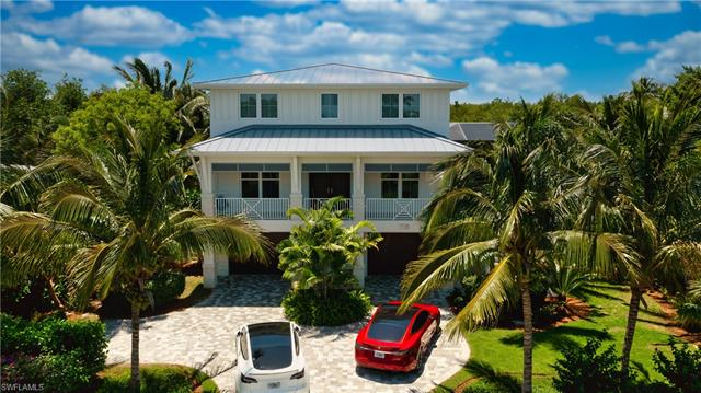 1118 Sand Castle Rd, Sanibel, FL 33957