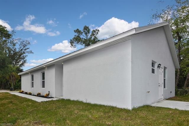 3310 Bassie Ct, Fort Myers, FL 33916