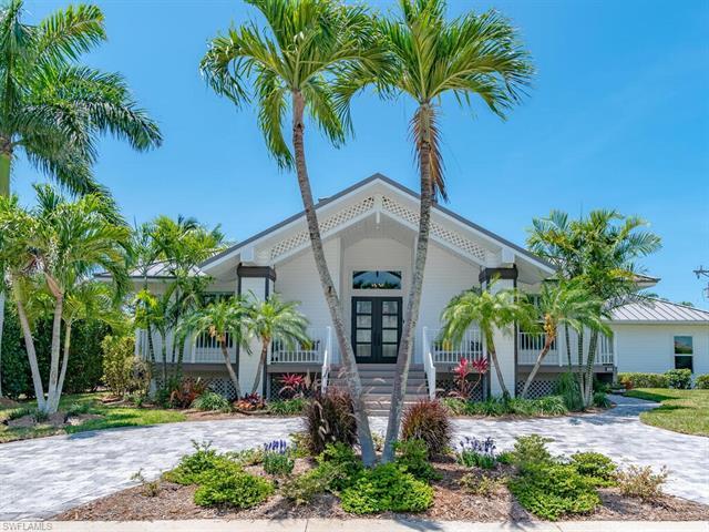 90 Seas Ct, Marco Island, FL 34145