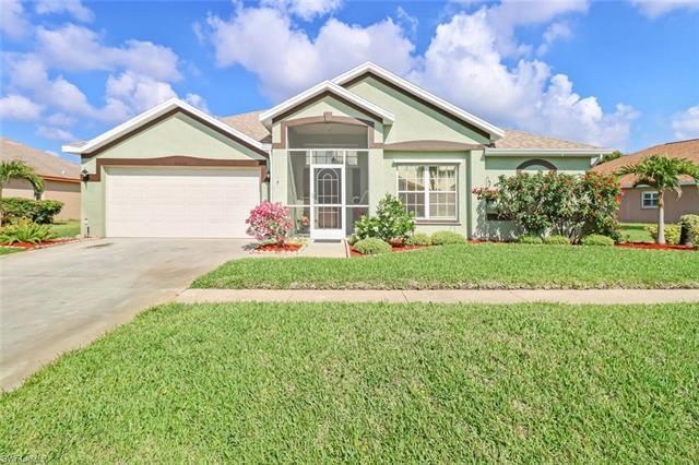 4513 Varsity Cir, Lehigh Acres, FL 33971