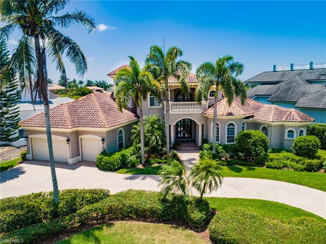 260 Cuddy Ct, Naples, FL 34103
