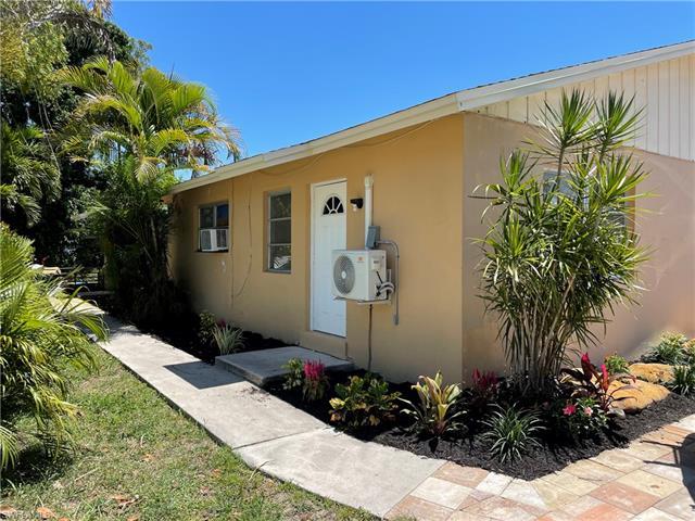 10281/283 Carolina St, Bonita Springs, FL 34135