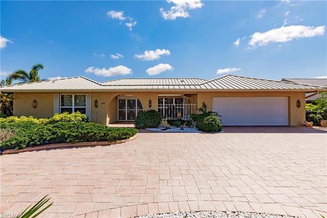 226 Torrey Pines Pt, Naples, FL 34113