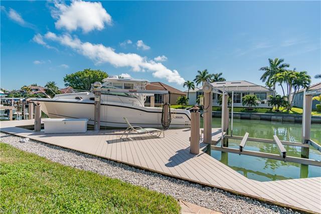 1131 Twin Oak Ct, Marco Island, FL 34145
