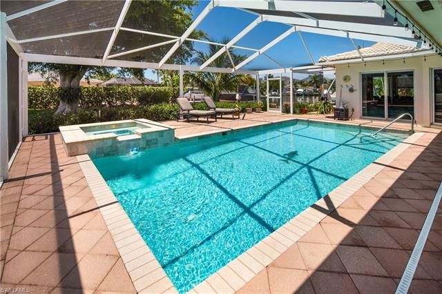 934 Sundrop Ct, Marco Island, FL 34145