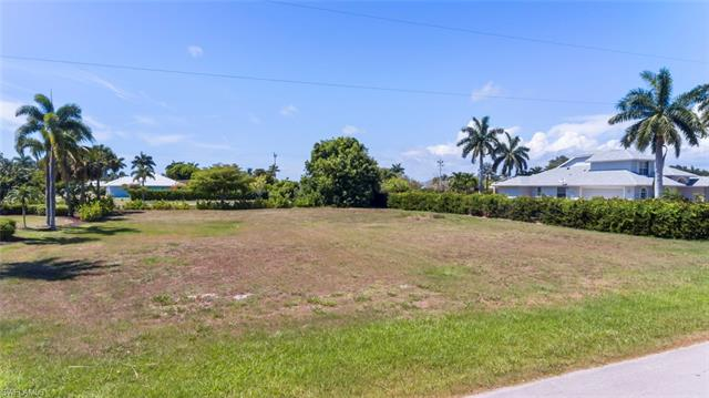 1550 Collingswood Ave, Marco Island, FL 34145