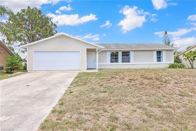 18351 Camellia Rd, Fort Myers, FL 33967