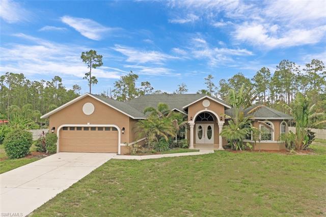 1462 Everglades Blvd N, Naples, FL 34120