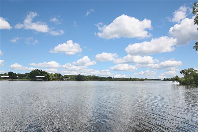 20031 River Rd, Alva, FL 33920