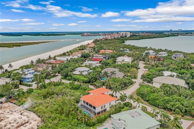 946 Sand Dune Dr, Marco Island, FL 34145
