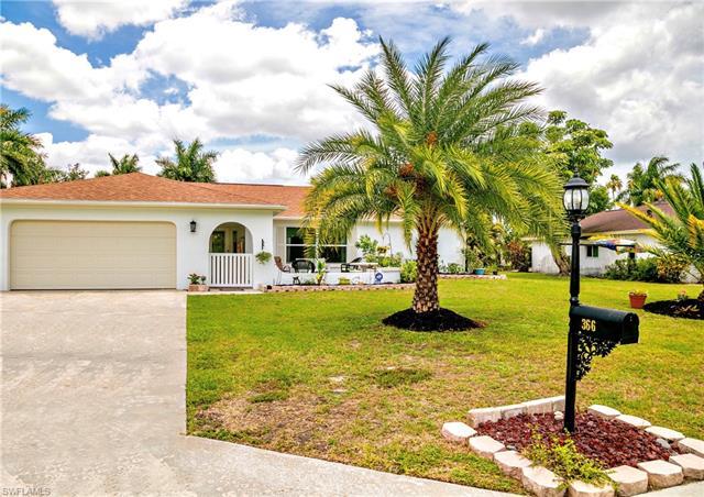 366 Hidden Valley Dr, Naples, FL 34113