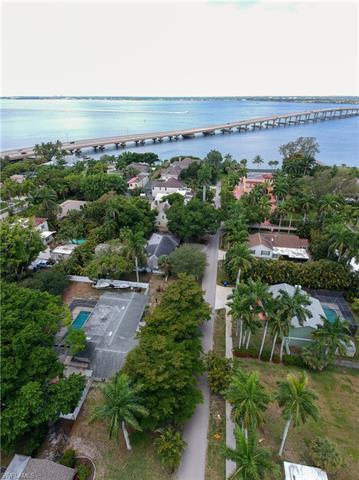 1320 Bradford Rd, Fort Myers, FL 33901