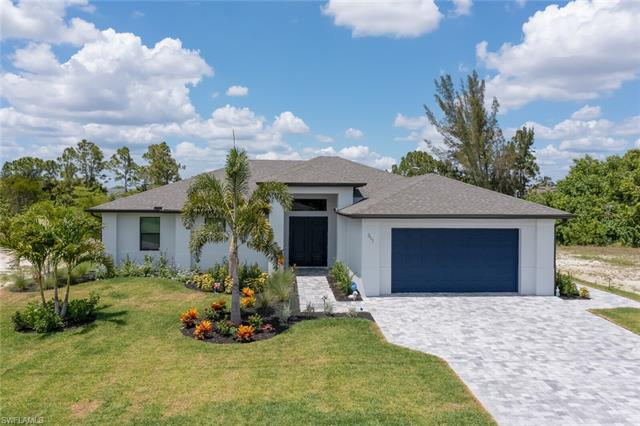 311 14th St, Cape Coral, FL 33990