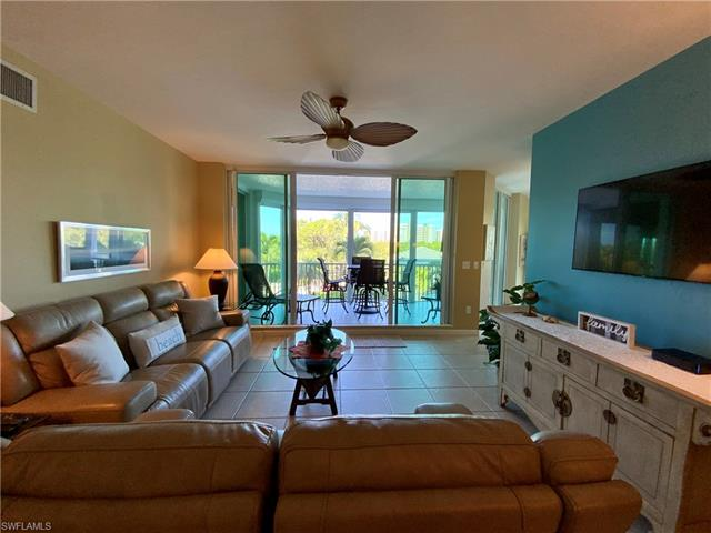 325 Dunes Blvd 203, Naples, FL 34110