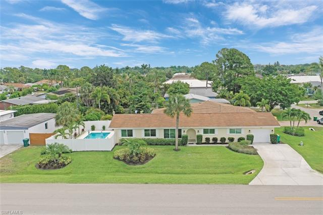 701 93rd Ave N, Naples, FL 34108