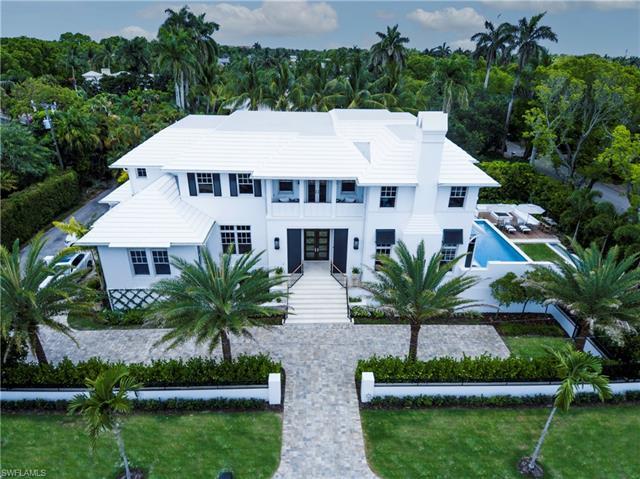110 Gulf Shore Blvd N, Naples, FL 34102