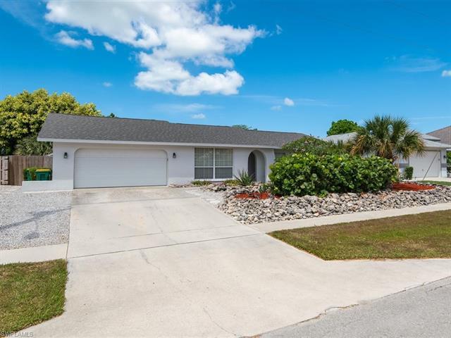 218 Bermuda Rd, Marco Island, FL 34145