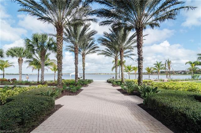 8767 Coastline Ct 7-201, Naples, FL 34120