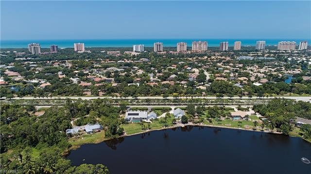 6762 Trail Blvd, Naples, FL 34108