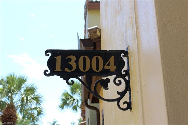 9145 Chula Vista St 130-4, Naples, FL 34113