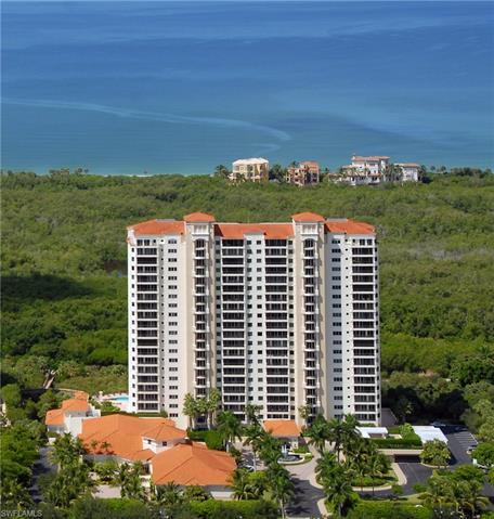 7425 Pelican Bay Blvd 604, Naples, FL 34108