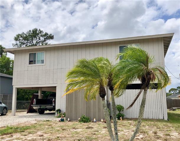 8129 Gull Ln, Fort Myers, FL 33967
