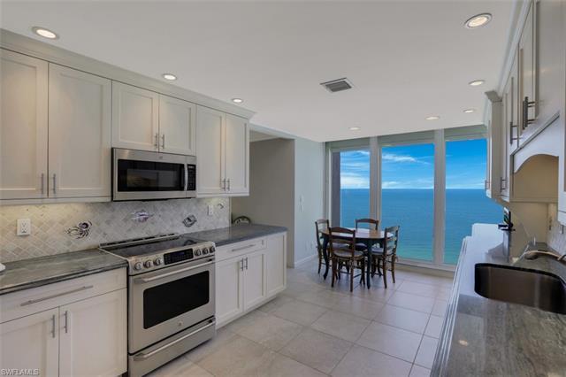 4051 Gulf Shore Blvd N 1204, Naples, FL 34103