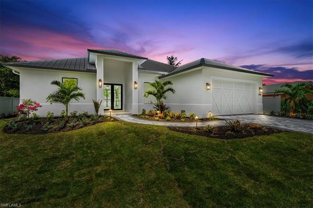 1208 Royal Palm Dr, Naples, FL 34103
