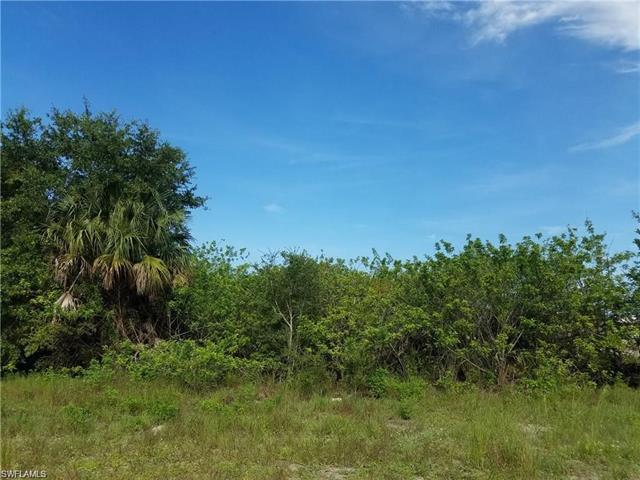 52 Joan Ave S, Lehigh Acres, FL 33976